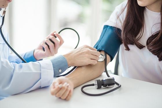 alacsony vérnyomás hipertóniával magas pulzus hipertóniás típusú vagy magas vérnyomás