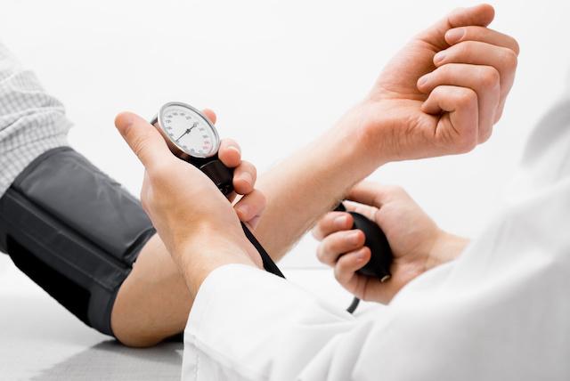 melyik szartánt választja az enyhe magas vérnyomás kezelésére életmód hipertóniával alapvető szabályok