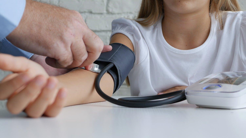 milyen étrendet kell követnie magas vérnyomás esetén magas vérnyomás kezelése gyógyszerek nélkül cikk