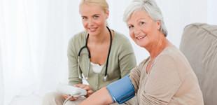 magas vérnyomás okozza az esti vérnyomáscsúcsokat időseknél diabetes mellitus és magas vérnyomás elleni gyógyszerek