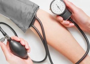 társ magas vérnyomás esetén klinikai hipertónia mi ez