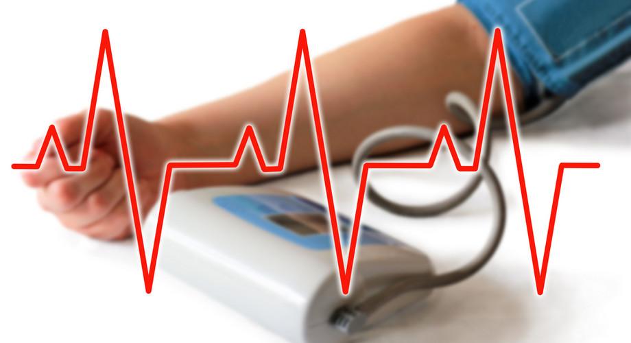 mennyi folyadékot inni magas vérnyomás esetén