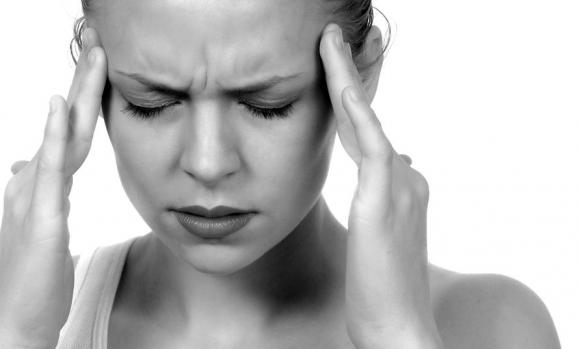 Zaj a fejben: okok és kezelés otthon