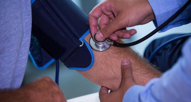 Az ájurvéda magas vérnyomást kezel módszer a magas vérnyomás gyógyszerek nélküli kezelésére