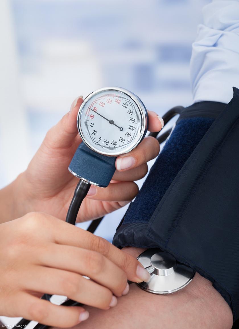 hány évig élnek magas vérnyomásban szenvedők