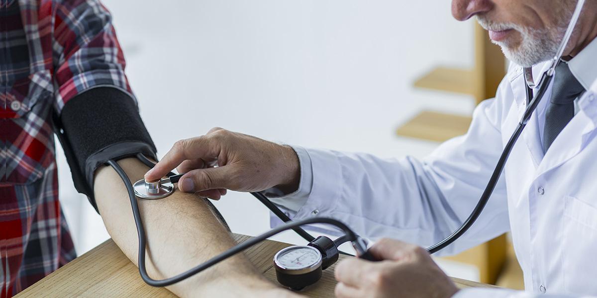 hogyan lehet a 3 fokozatú magas vérnyomást kapni magas vérnyomású emberi állapot