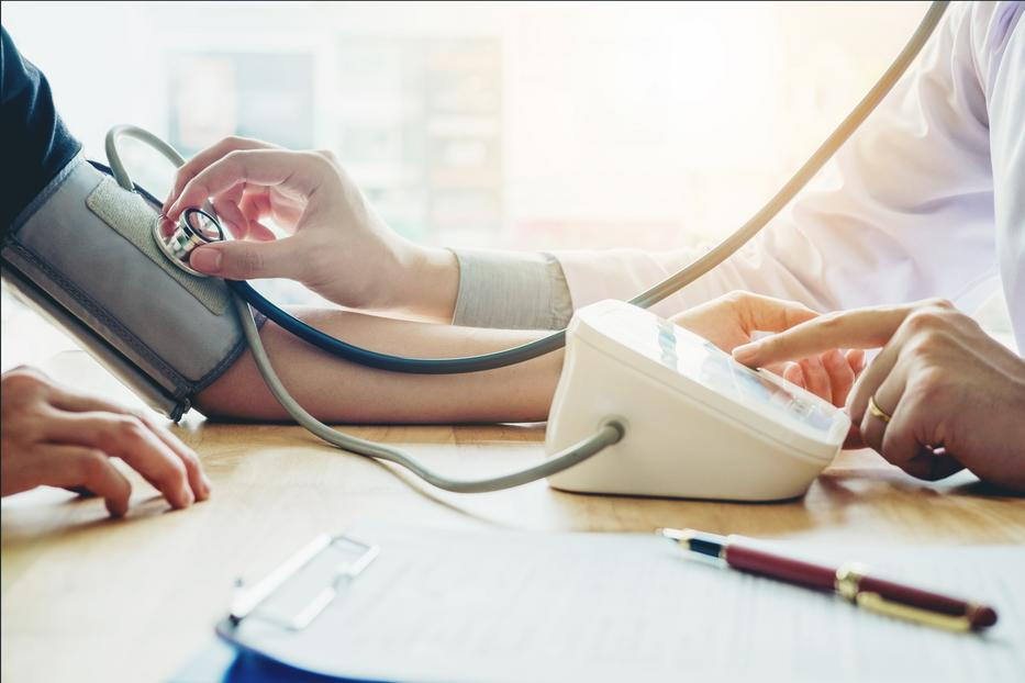 magas vérnyomás 2 evőkanál kezelés