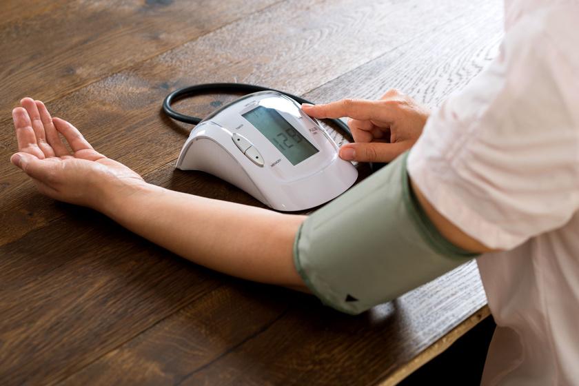 mi a hipertónia képekkel mi a magas vérnyomás és a jelek